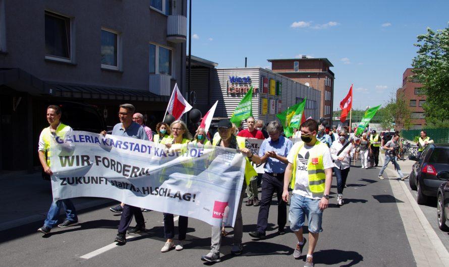 Dortmund: Demonstration zum Erhalt der Arbeitsplätze bei Karstadt